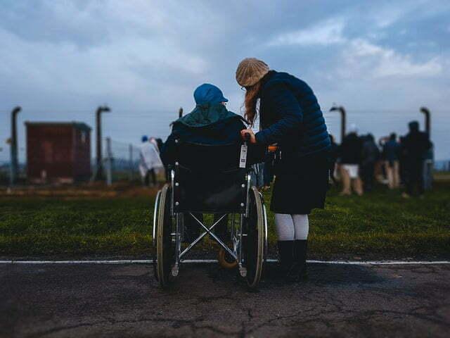 como-llevar-a-un-anciano-a-una-residencia